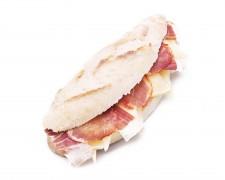 Trifásico (jamón, lomo y queso)